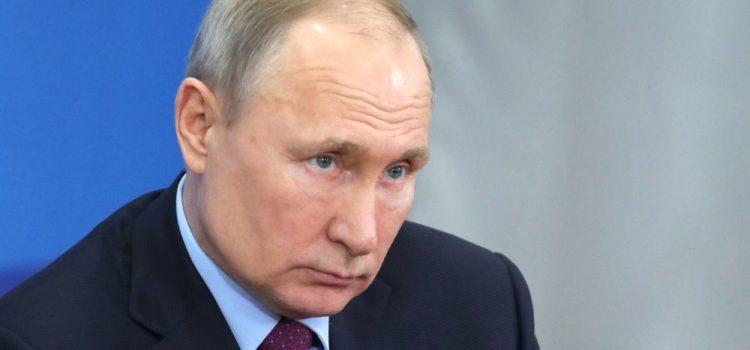 Путин: Док сам ја предсjедник Русије, родитељи ће се звати — мама и тата