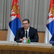 Вучић:Сачуваћемо респираторе за Републику Српску