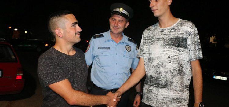 Билећанин у Требињу изгубио новчаник, пронашао га Фочак и вратио