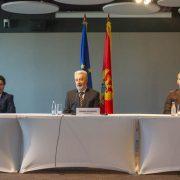 Договорена нова Влада Црне Горе! Дритан Абазовић показао 41 посланички потпис подршке Кривокапићу