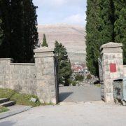 Дубровчани и Црногорци купују гробна мјеста у Требињу