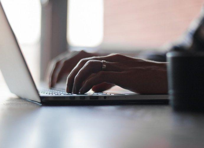ЦИК хоће да модернизује изборе са 5.500 лаптопа