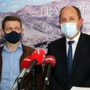 Петровић: Проширујемо капацитете за лијечење у цијелој Херцеговини. Сви медицински радници биће награђени